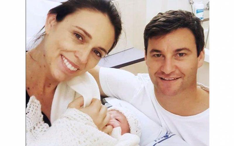 La primera ministra Neozelandesa dio a luz a una niña en el hospital público de su país