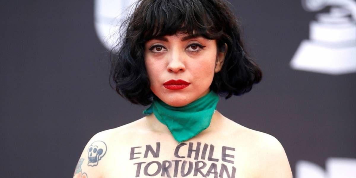 Acusan a Mon Laferte por hechos violentos: Policía Chilena