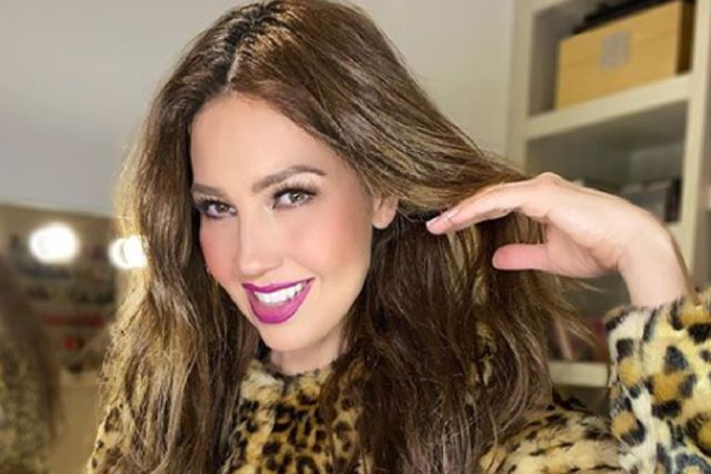 Thalía critica a AMLO en salir a comer a restaurantes por coronavirus