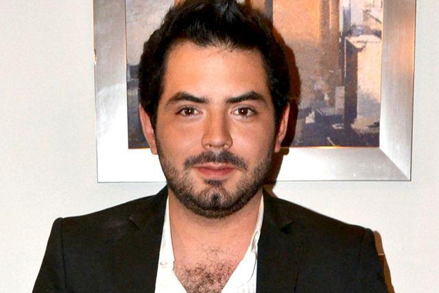 Amenazan a José Eduardo Derbez con filtrar fotos comprometedoras con otros hombres