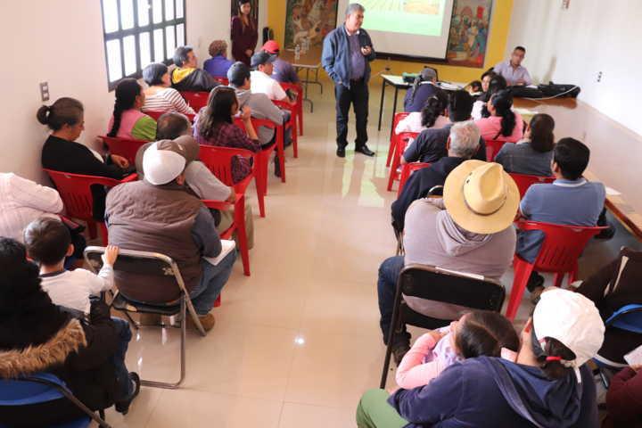 Acerca Gobierno Municipal Créditos a micro empresarios de Xicohtzinco