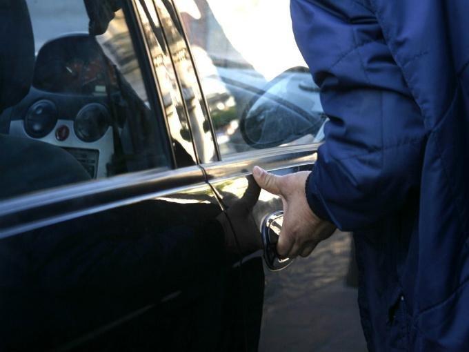 Otra vez roban en Tlaxcala,  se llevan dos automóviles