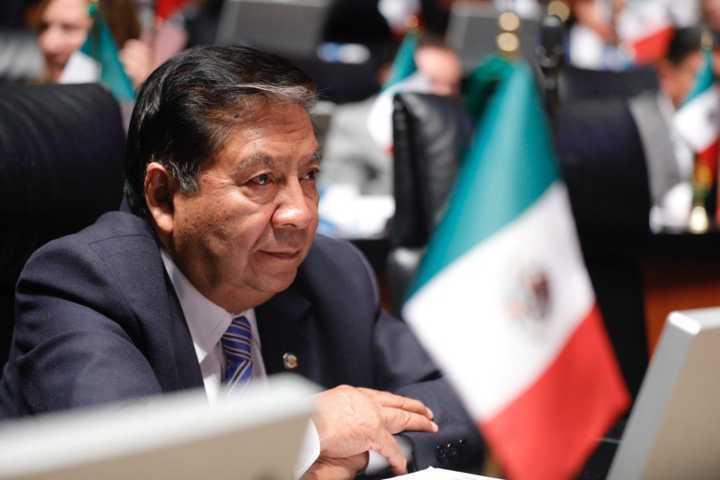 Reconoce Joel Molina esfuerzo de trabajadores tlaxcaltecas