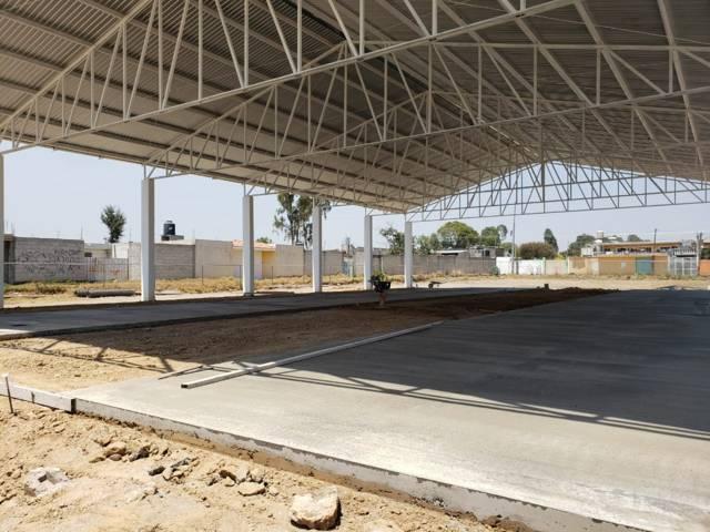 TOA mejora la infraestructura educativa de la Domingo Arenas con una techumbre