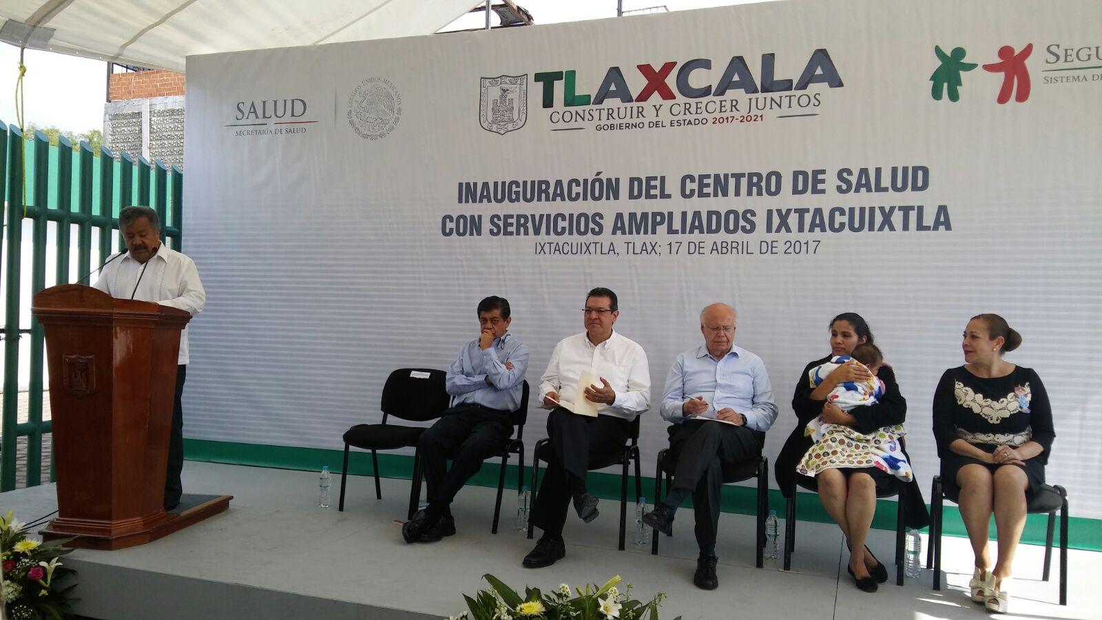 Buscan Marco Mena y Jose Narro mejorar atención en hospitales