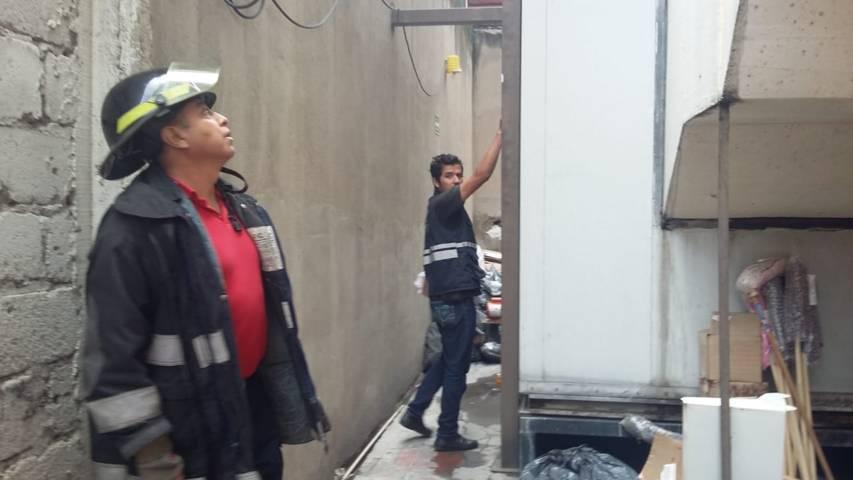 Por fuga de gas evacúan edificio de Salud en Chiautempan