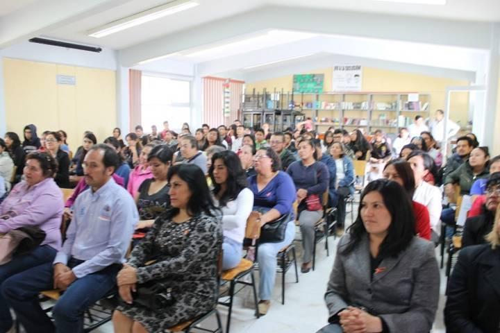 Ayuntamiento promueve acciones para erradicar la violencia de género en alumnos