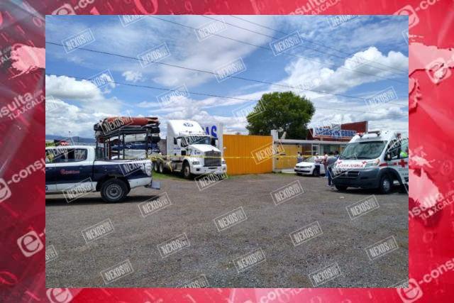 Muere trailero en su camarote en Calpulalpan