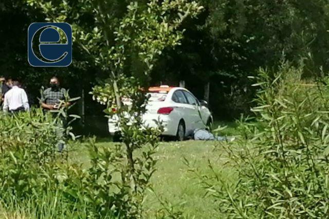 Localizan en Nativitas el cuerpo sin vida de un taxista; presenta impactos de bala