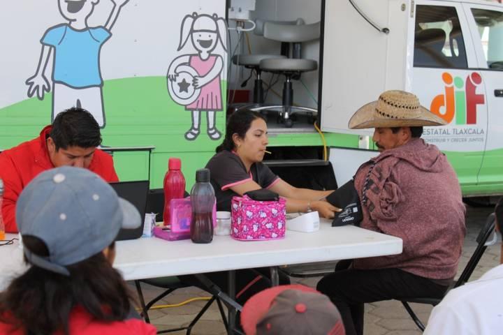 Ayuntamiento y SMDIF promueven estrategias de salud para grupos vulnerables