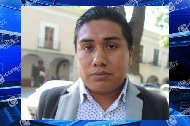 Alcalde de Tequexquitla felicita a los maestros en su día