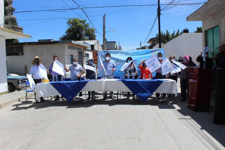 Da inicio segunda etapa de la pavimentación de la calle Xicohténcatl