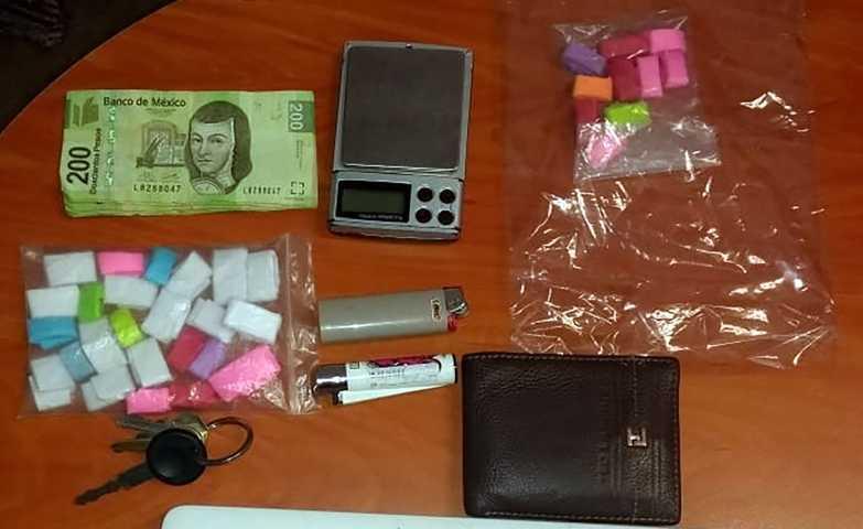 Asegura la SSC a dos personas con droga en Xaloztoc