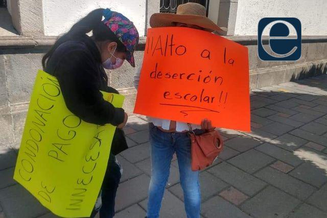Protestan paterfamilias; piden cancelar cuotas escolares para el próximo ciclo escolar