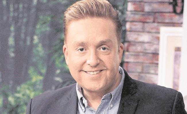 Daniel Bisgono molesto ante ejecutivos de Televisa al no valorar el talento de las actrices