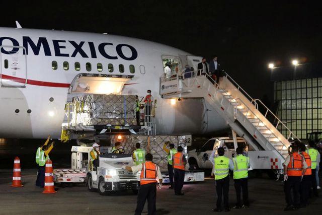 Ebrard explica por qué México vendió insumos médicos en plena contingencia
