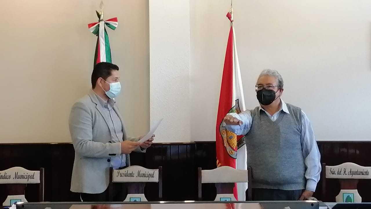 Alcalde designa a Antonio R. Pelcastre como Cronista Municipal