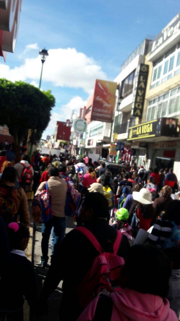 Cierran la primaria Josefa Ortiz de Domínguez en Chiautempan