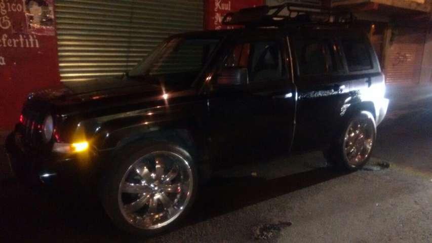 Policía de Apizaco recupera vehículo con reporte de robo
