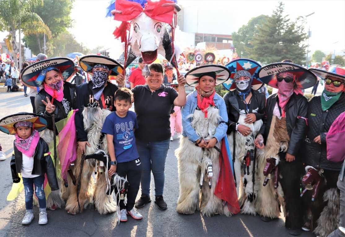 Premian a Chivarrudas de Xicohtzinco concurso Estatal de Camadas