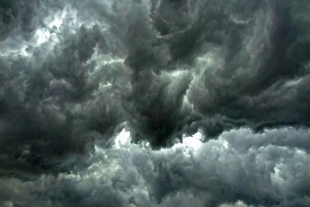 Captan  misterioso ruido de trompetas en el cielo en varias partes del mundo