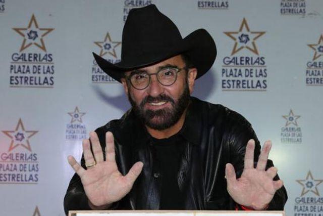 Confirma Vicente Fernández Jr. que tiene Covid-19; lo contrajo en restaurante, aseguró