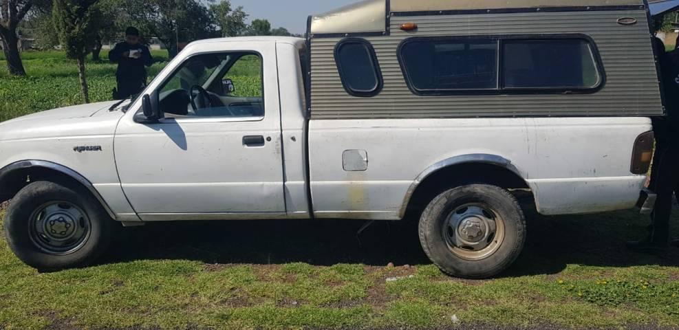 Camioneta con reporte de robo es recuperada por policías de Ixtacuixtla