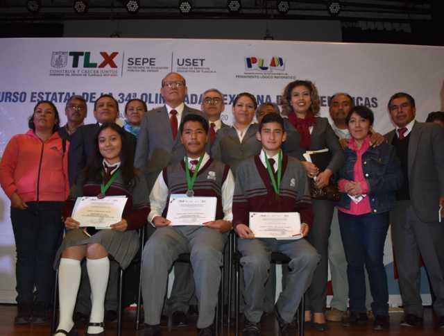 Premian a estudiantes del COBAT que participaron en Olimpiada de Matemáticas