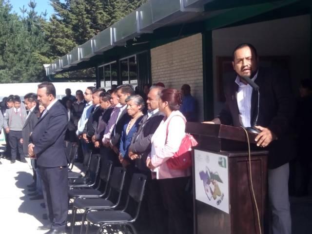 A 37 años el CBTA 134 contara con una techumbre en su patio cívico: alcalde