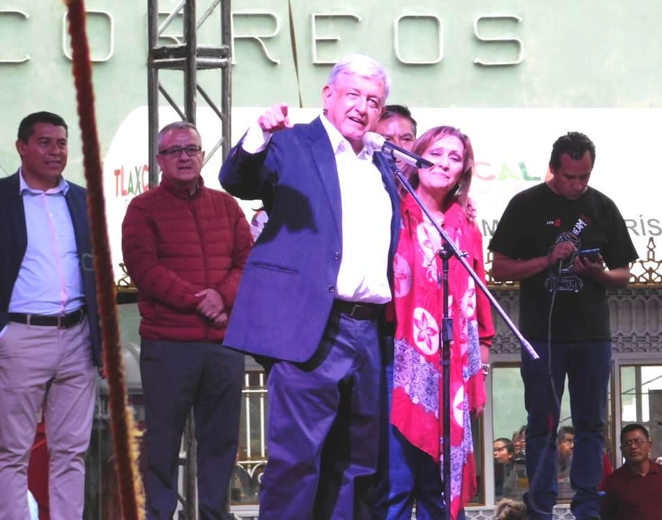 AMLO da espaldarazo a Lorena Cuéllar como coordinadora estatal
