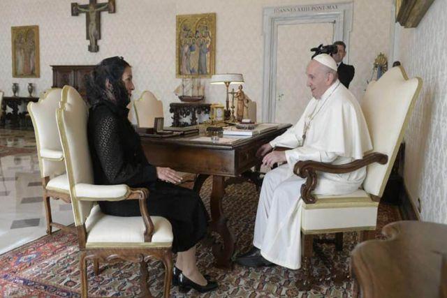 AMLO arremete contra el Papa Francisco exigiéndole que pida perdón por la Conquista