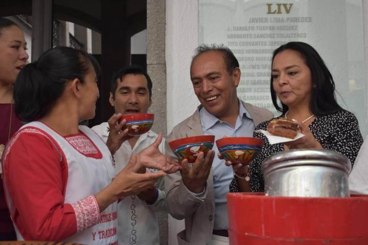 Impacta Gastronomía de Zacatelco, en Día de la Cocina Tlaxcalteca