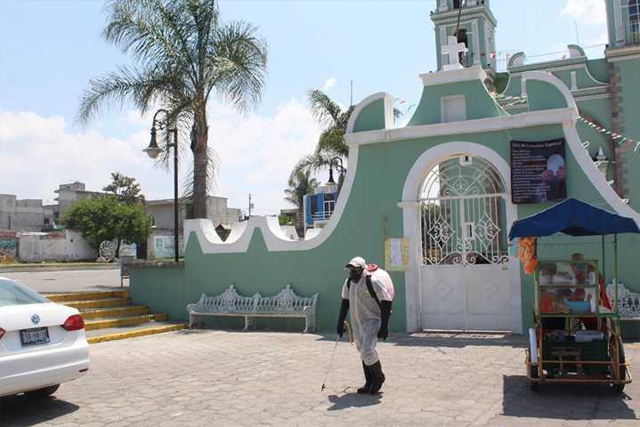 Realizan operativos de desinfección en comunidades de San Pablo del Monte