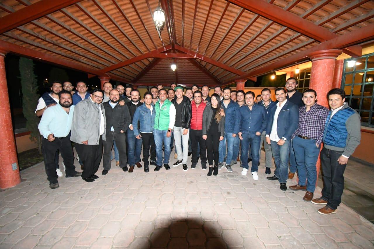 Cierran filas jóvenes empresarios de Apizaco con Mariano y Emilio