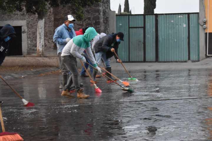 Murias Juárez al frente de las jornadas de sanitización en Nativitas
