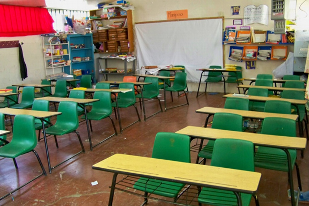 Suspende clases la totalidad de las escuelas, según datos de la SEP