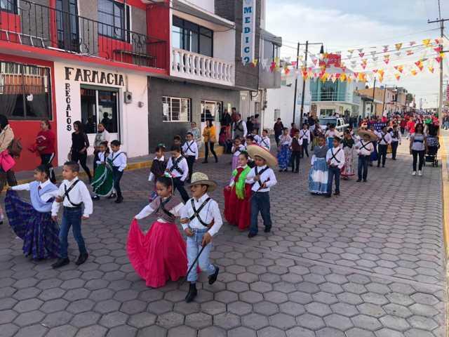 Tecopilco conmemoro el 109 aniversario de la Revolución Mexicana con un desfile