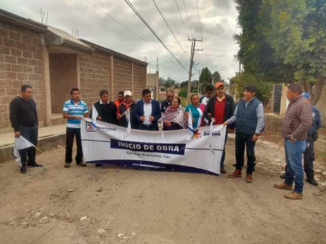 Alcalde pone en marcha trabajos de mejoramiento urbano en la calle Hidalgo