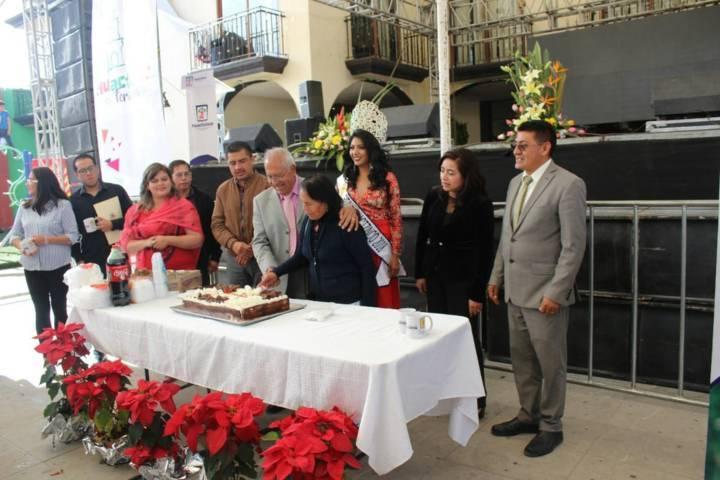 Arranco la feria Huactzinco 2018 con la coronación de Vanny I
