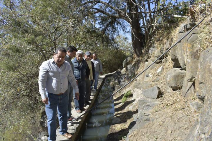 Carin Molina supervisa obras de infraestructura hidráulica y deportiva