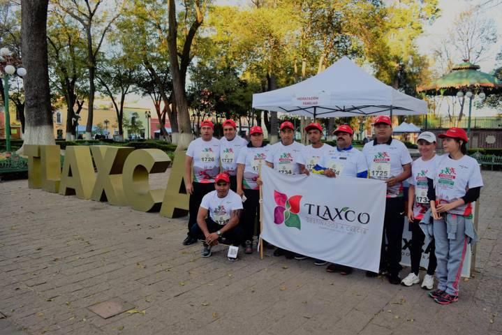 Participa Tlaxco en Tercera Carrera Nacional para donar cirugías de cataratas