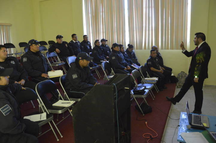 La Fiscalía General de la Republica profesionaliza a la Policía Municipal