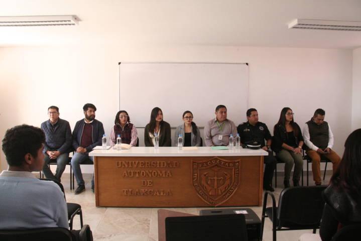 Ayuntamiento dio platicas preventivas a jóvenes de la facultad de la UAT