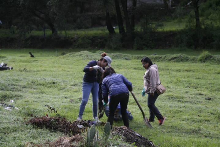 Ayuntamiento realiza faena de limpieza en barrancas del municipio
