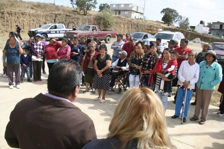 Personas vulnerables reciben apoyos invernales por parte del CEPC y el Ayuntamiento