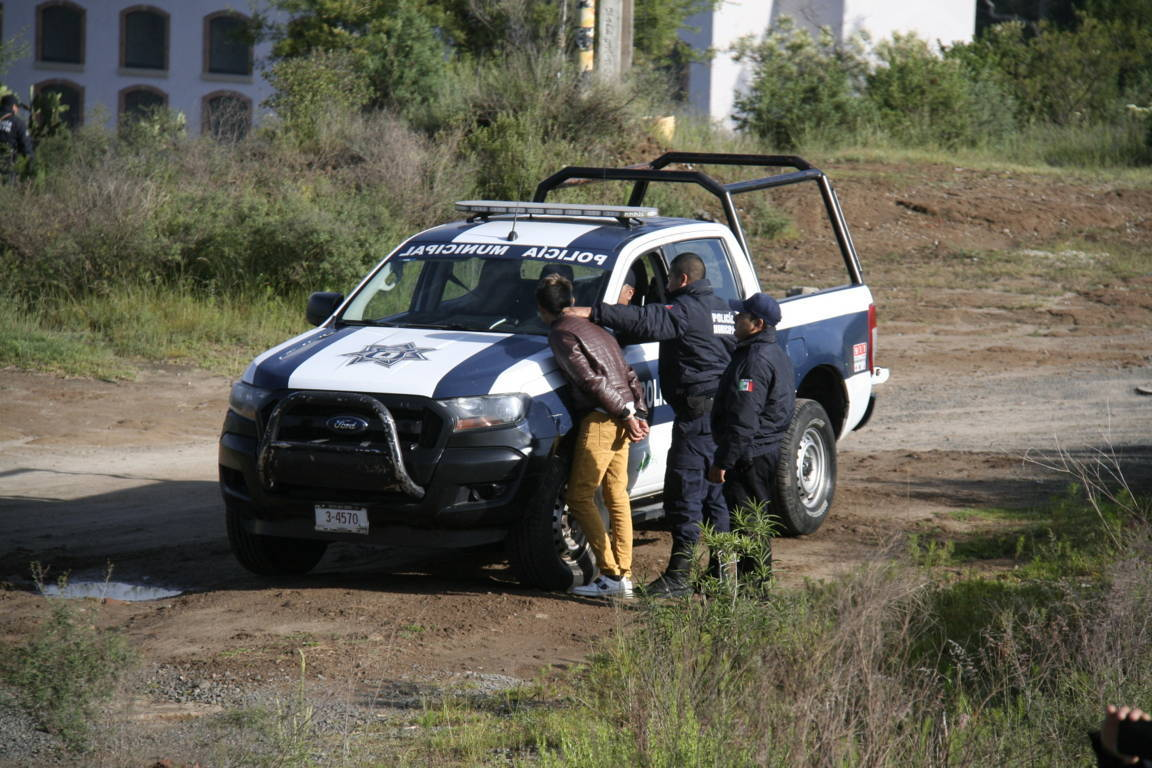 Policías municipales ponen en práctica simulacro de asalto