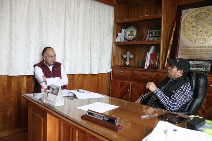 Carin Molina se reúne con personal de la Comisión Estatal del Agua