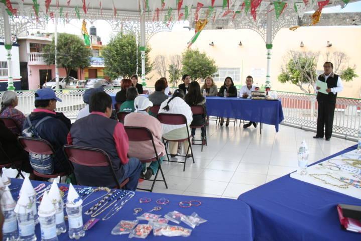Dotamos de herramientas para generen autoempleo: Angélica Hernández