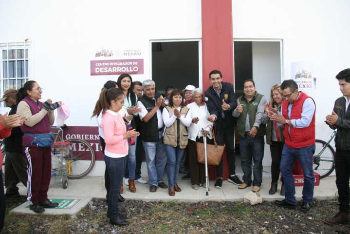 Alcalde da apertura a las nuevas oficinas de Centro Integrador de Bienestar