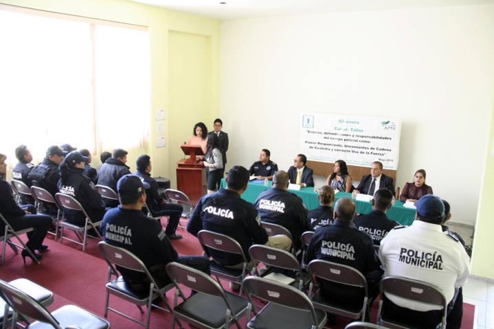 Ayuntamiento profesionaliza su policía en Deberes y responsabilidades